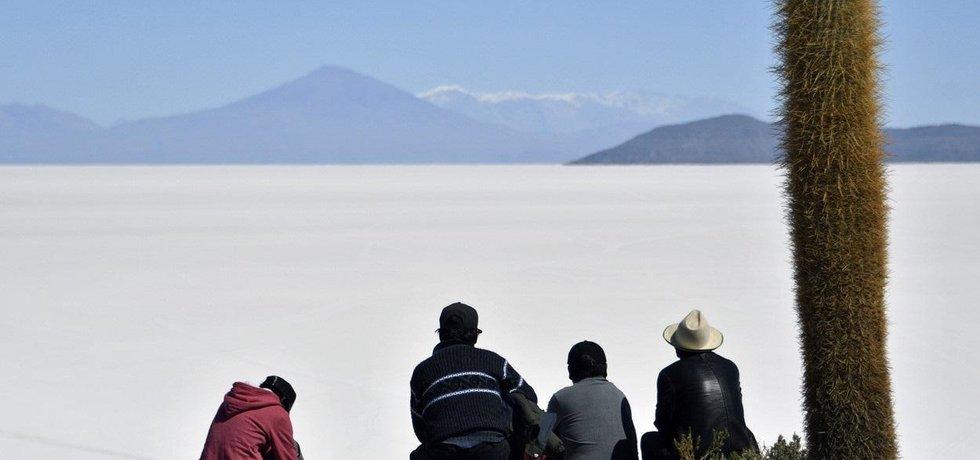 Solné jezero v Bolívii Salar de Uyuni, ilustrační foto