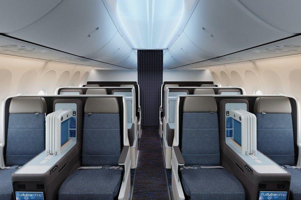 Takto vypadá byznys třída v Boeingu 737 Max 8. Aerolinky Flydubai ho vyšlou na linku Praha - Dubaj na začátku roku 2018