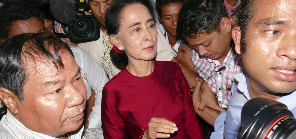 Do Aun Schan Su Ťij po hlasování