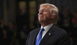 Trump odmítá, že by že by jeho podřízení odmítali plnit příkazy. Impeachmentu se nebojí