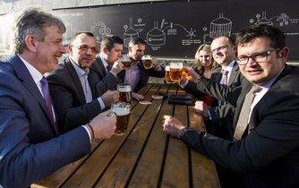 Vedení ČSSD na pivu