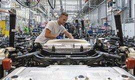 Brexit bez dohody zvýší automobilkám náklady až o 5,7 miliardy liber