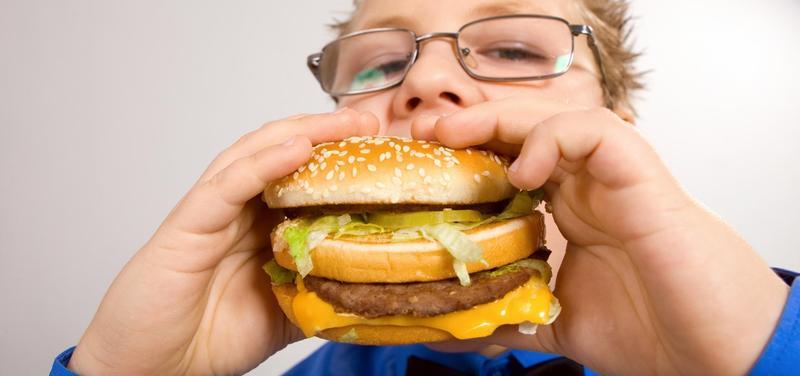 *dítě, obezita, nadváha, výživa, strava, dieta