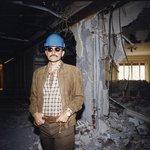 Princ Al-Valíd bin Talál v roce 1998 v pařížském hotelu George V.