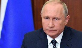 Putin předložil parlamentu návrh ústavních změn. Mají posílit jeho pozici po konci v úřadu