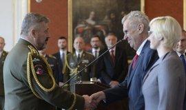 Zeman jmenoval do funkce náčelníka generálního štábu Aleše Opatu
