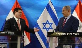 Paraguay rozlítil Izrael. Na snímku izraelský premiér Benjamin Netanyahu a prezident Paraguaye Horacio Cartes, ilustrační foto
