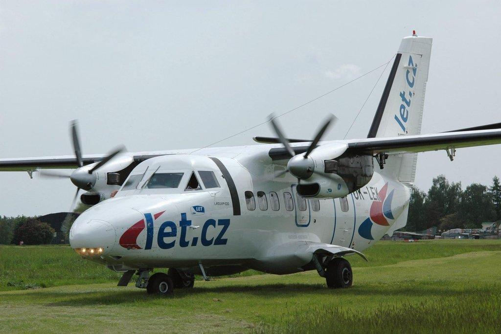 Letoun L410 vybavený novými motory General Electric