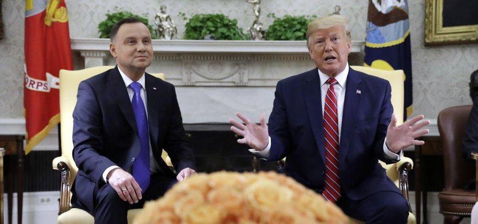Americký prezident Donald Trump na setkání se svým polským protějškem Andrzejem Dudou