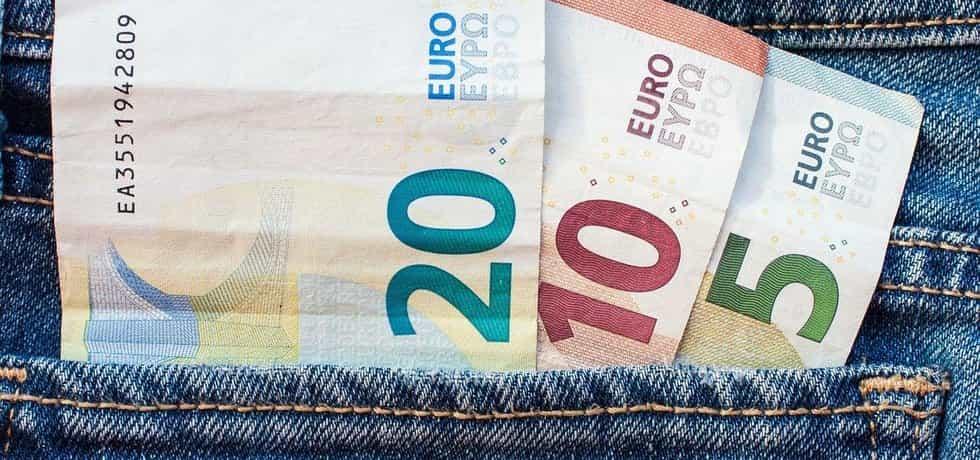 Bankovky eura, ilustrační foto