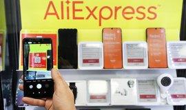 Čínský AliExpress otevřel u Madridu první prodejnu v Evropě. Na dárky čekaly tisíce lidí