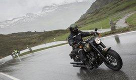 Demonstrační jízda Harley-Davidson přes průsmyky Švýcarských Alp (Autor: Jan Altner)
