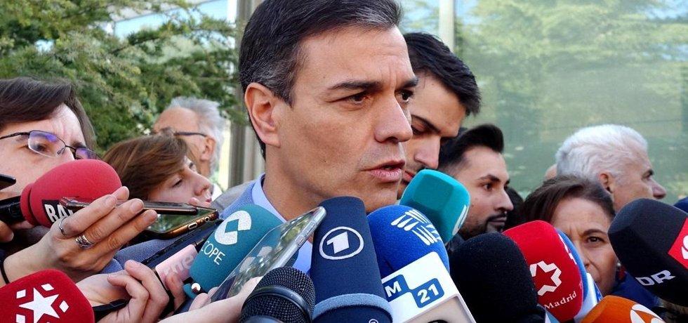 Vláda Pedra Sáncheze důvěru ve španělském parlamentu nedostala