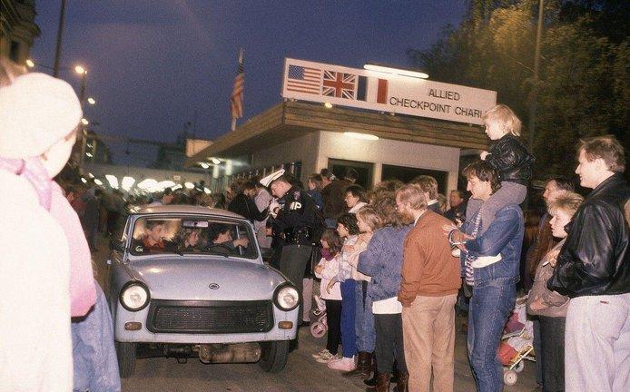 Pád berlínské zdi a otevření hranic v Berlíně, ilustrační foto