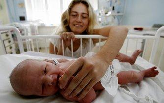 Novorozenec - ilustrační foto