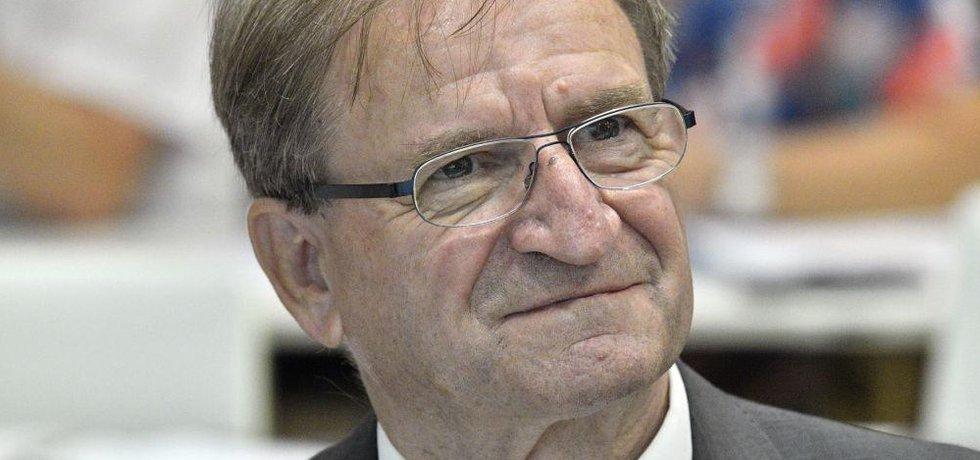 Předseda nově složené dozorčí rady Českých drah Petr Moos