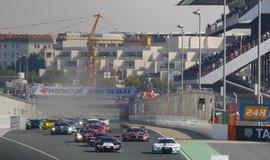 24hodinový závod v Dubaji