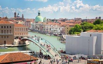 Ponte della Costituzione v Benátkách