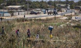 Ťukání na dno zespodu. Hospodářský pád Zimbabwe se dodnes nezastavil