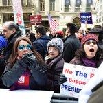 Příznivci Donalda Trumpa na manifestaci krátce po jeho zvolení americkým prezidentem