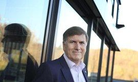 Šéf finanční skupiny ČSOB John Hollows