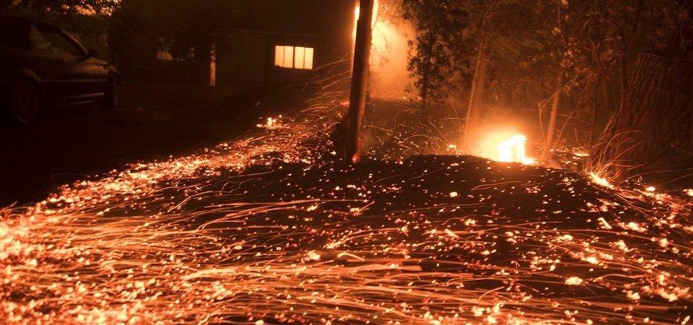 Rozsáhlé požáry Kalifornie v roce 2019