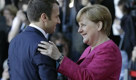 Francouzský prezident Emmanel Macron se v Berlíně setkal s německou kancléřkou Angelou Merkelovou