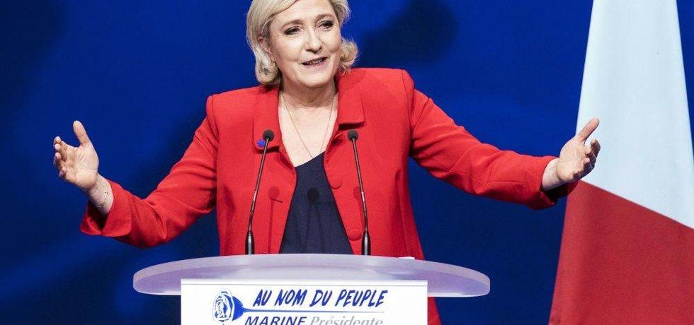 Šéfka francouzské Národní Fronty Marine Le Penová.