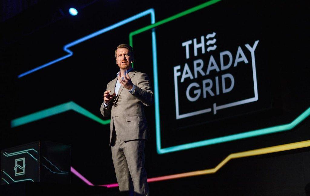 Zakladatel společnosti Faraday Grid Matthew Williams.