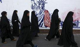 Perský paradox. Osvobození od diktátu ropného trhu může USA vtáhnout do války a svět do recese
