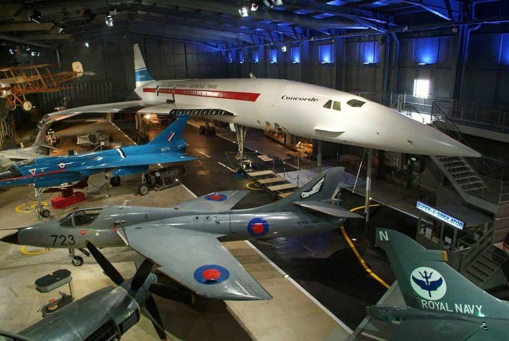 Vyřazené stroje je možné si prohlédnout v muzeích (na snímku Yeovilton, Velká Británie)