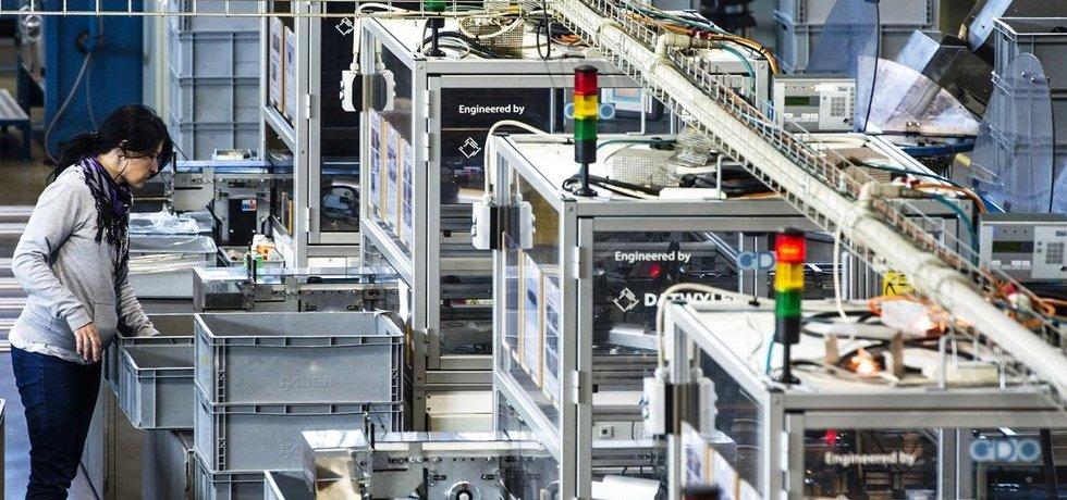 Továrna švýcarské firmy Datwyler Sealing Technologies CZ v Novém Bydžově, investici do závodu na lisované pryžové díly pro automobily zprostředkoval CzechInvest