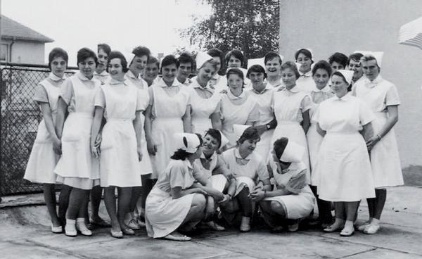 Historie vzdělávání všeobecných sester