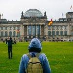 Studium v zahraničí - ilustrační foto