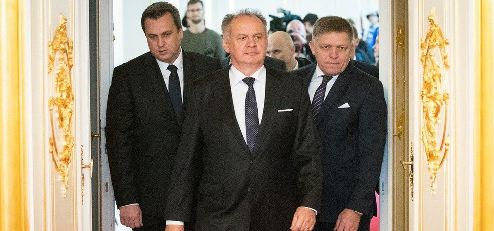 Šéf slovenského parlamentu Andrej Danko, prezident Andrej Kiska a premiér Robert Fico