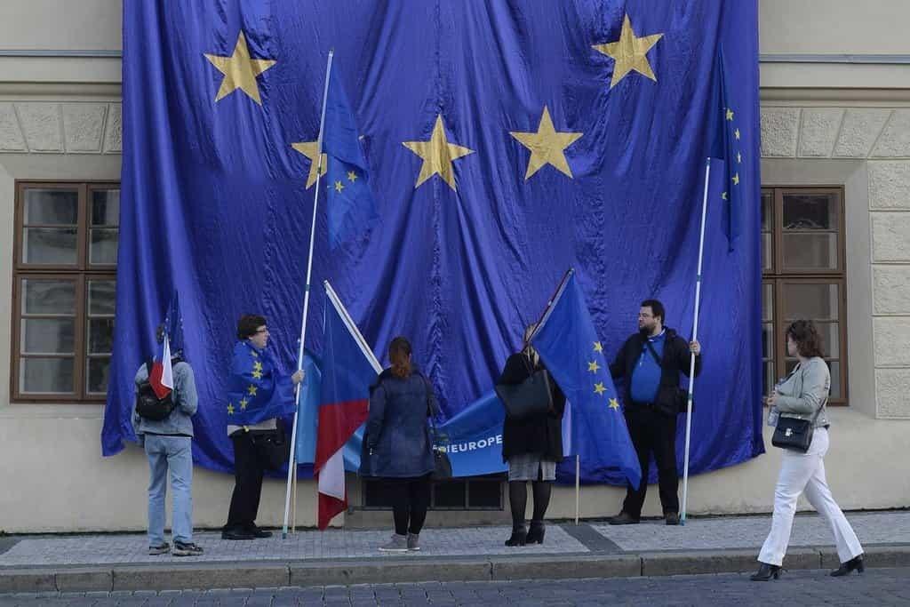 Demonstranti výmluvně podpořili myšlenku proevropského směřování České republiky