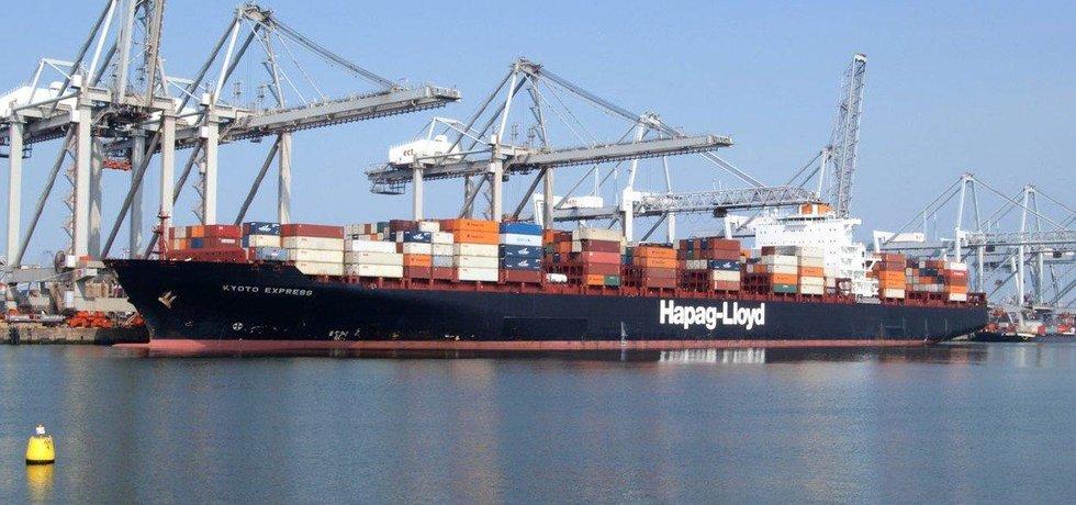 Obchodní napětí začíná ovlivňovat globální ekonomiku, ilustrační foto