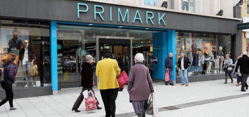 b2851bccbb60 Oděvní řetězec Primark míří do Česka. První obchod otevře v centru ...