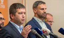 Zimola bude kandidovat za ČSSD, uvedl Hamáček. Změna 2020 podle něj není konkurence