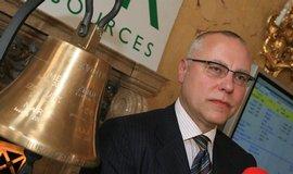 Zdeněk Bakala při vstupu NWR na pražskou burzu