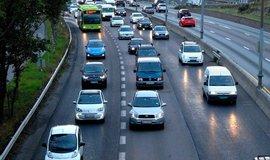 Zácpy v Oslu jsou i v pruhu pro autobusy a elektromobily.