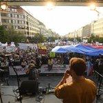 Demonstrace proti Andreji Babišovi a Marii Benešové na Václavském náměstí v Praze