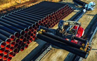 Výstavba kontroverzního plynovodu Nord Stream 2 má na severu Německa začít v polovině letošního roku