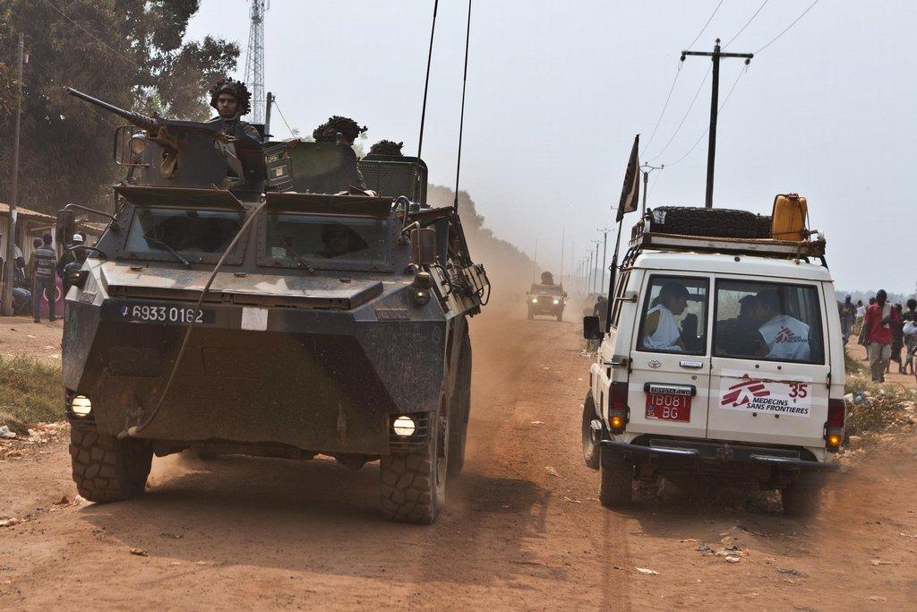 Lékaři bez hranic na ceste do nemocnice v Bangui