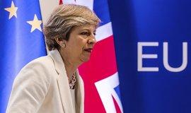 Britská premiérka Theresa Mayová chce, aby s občany Evropské unie žijícími v zemi legálně bylo i po odchodu Británie z evropského bloku zacházeno jako s Brity.
