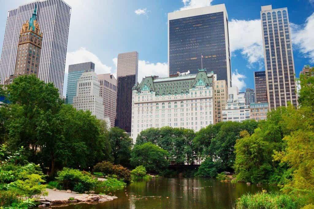 3. New York (USA) – 59 pětihvězdičkových hotelů, na snímku hotel The Plaza