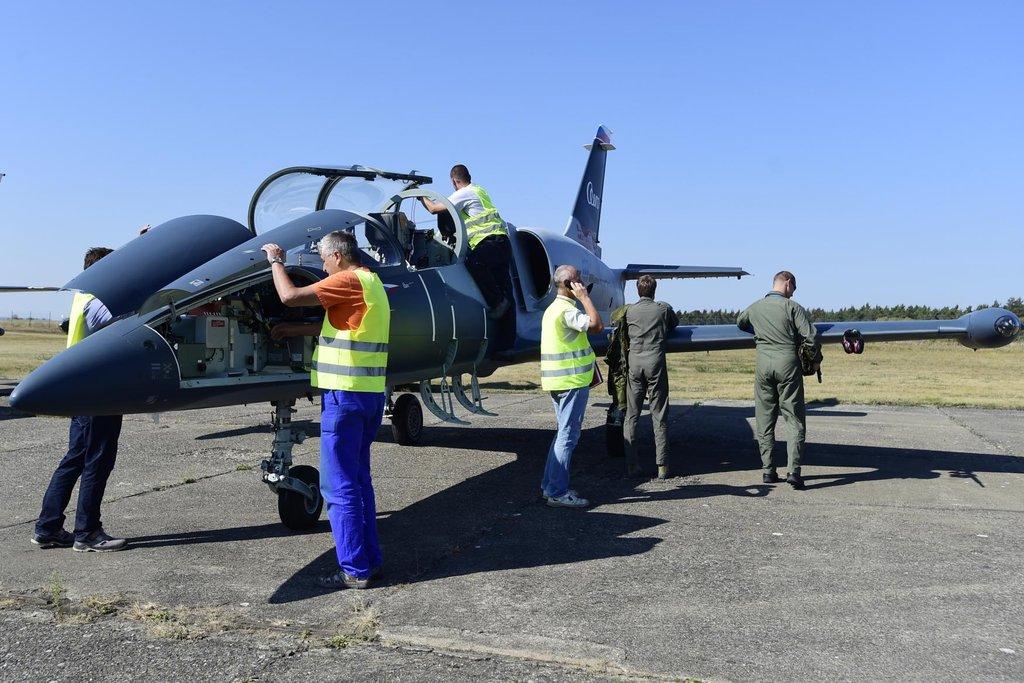 Ukázkový letoun L-39CW (na snímku) ovbsahuje motor pro novou generaci letounů L-39NG