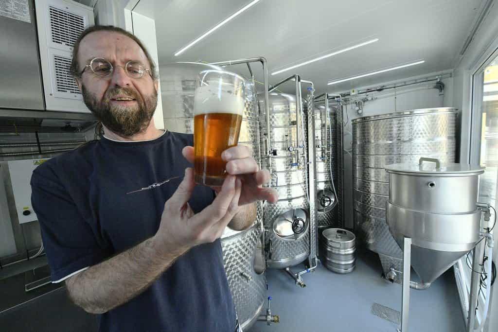 Česká firma plánuje vyvážet kontejnerové pivovary. V Rusku už mají tradici