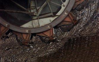 Těžba hnědého uhlí, ilustrační foto
