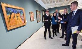 Prezident Centre Pompidou Serge Lasvignes (vlevo), ředitel Národního muzea moderního a současného umění Centre Pompidou Bernard Blisténe (druhý zprava), premiér Andrej Babiš a generální ředitel Národní galerie Jiří Fajt